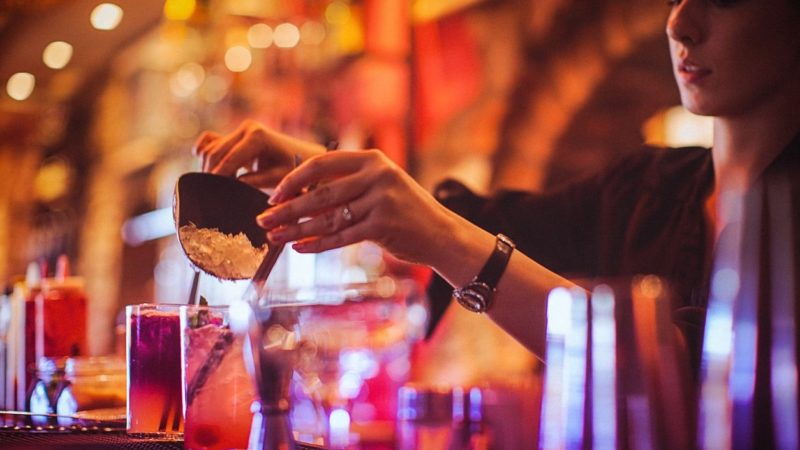 Four Qualities that a Great Bartender Possess